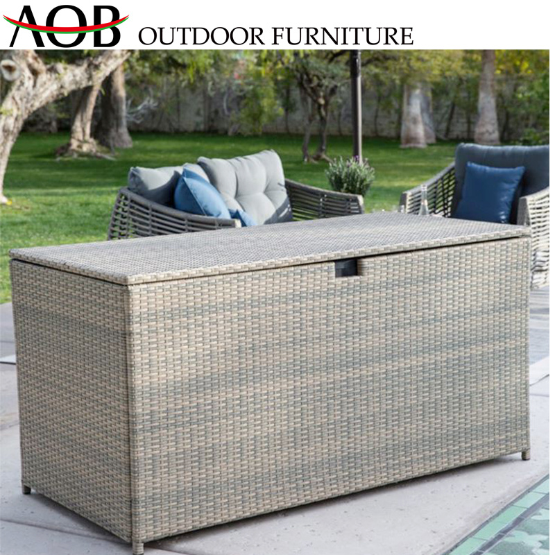 Contemporay Outdoor Garden Furniture