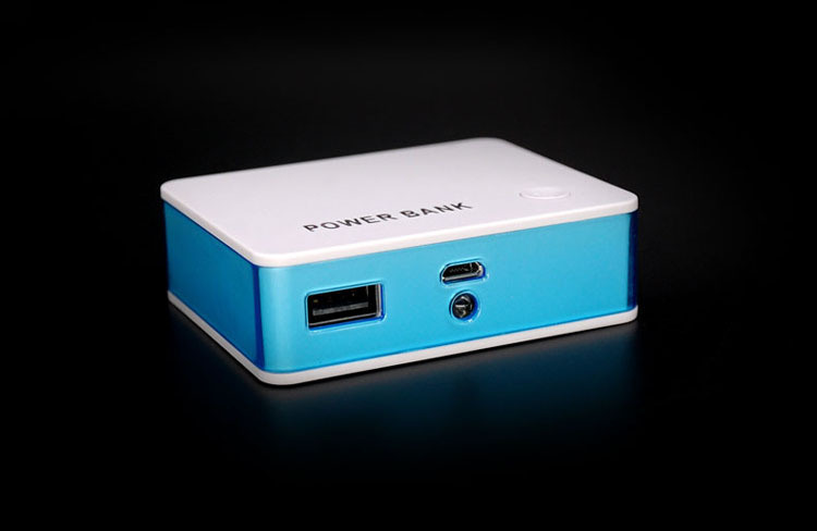 Small Pocket Convenient Business Phone Charge Power Bank.