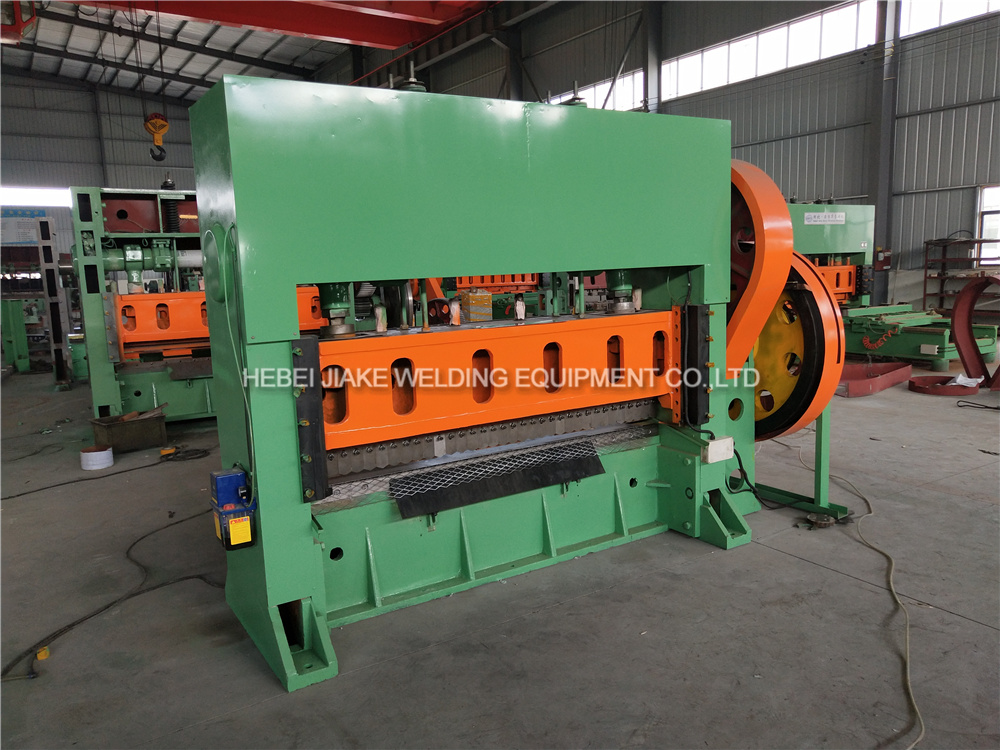 China Cold Rolled Steel Expanded Metal Machine For Sale China Expanded Metal Machine Expanded Metal Mesh Machine