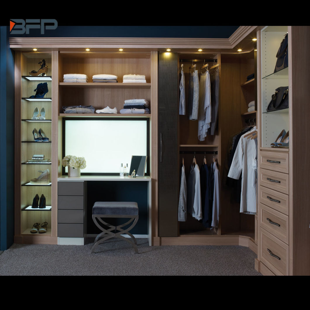 China Simple Walk In Open Wardrobe With Shaker Style Wardrobe