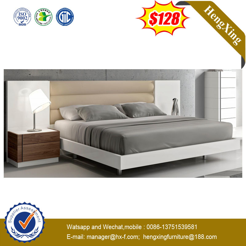 China Deluxe Modern Bed Room Furniture Wood Super King Size Beds