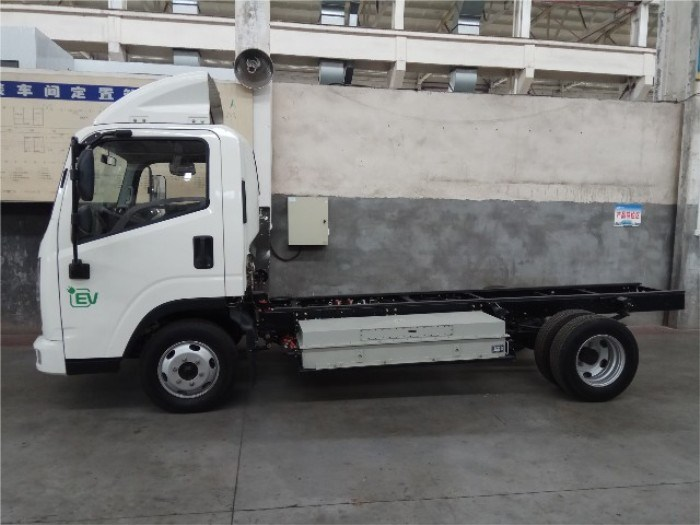 2 Tons Flat Single Row Cabin Electric Truck