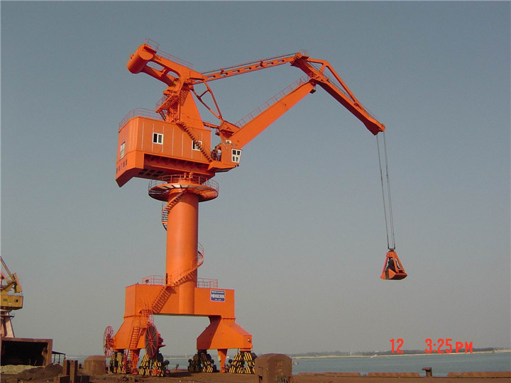 Port Mating Movable Portal Crane