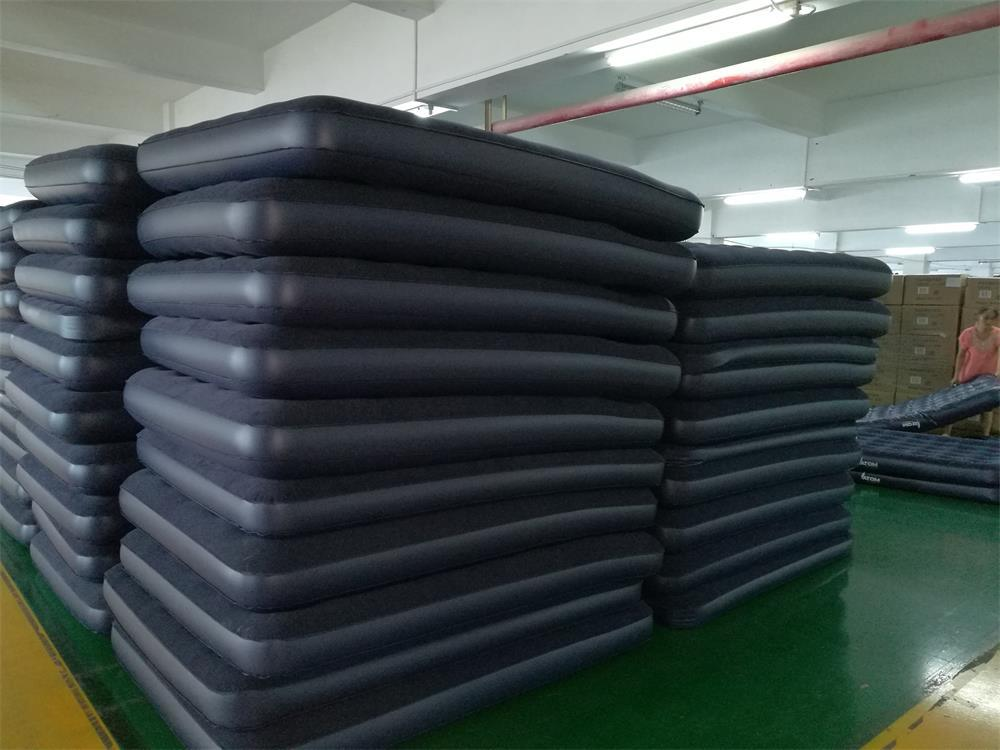 Outdoor Foldable PVC Free Phthalates Inflatable Air Mattress for Camping
