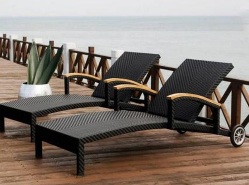 Large Rattan Lounge Sofa Bed