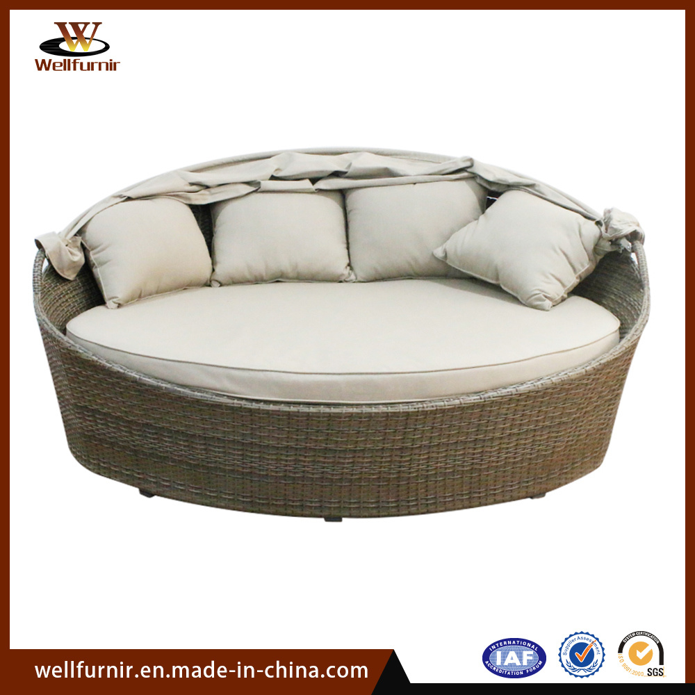 - China Rattan Daybed Outdoor Daybed Round Bed, Garden Furniture