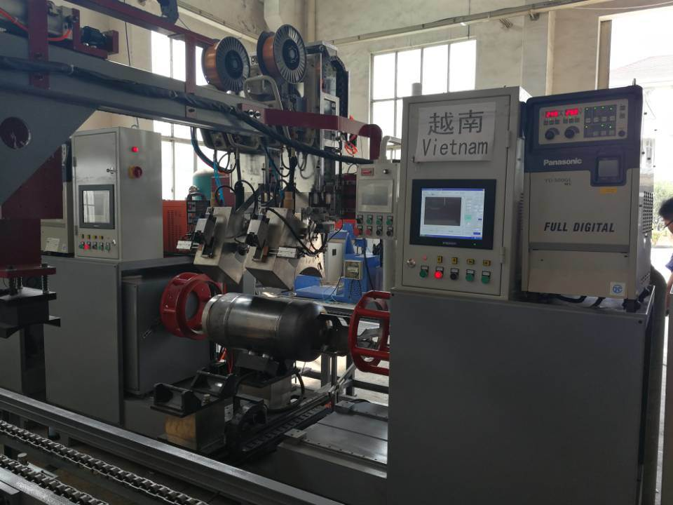 Full Automatic Cylinder Body Welding Machine