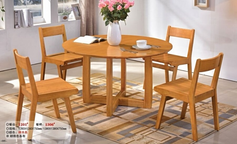 Round Wooden Dining Table Chairs