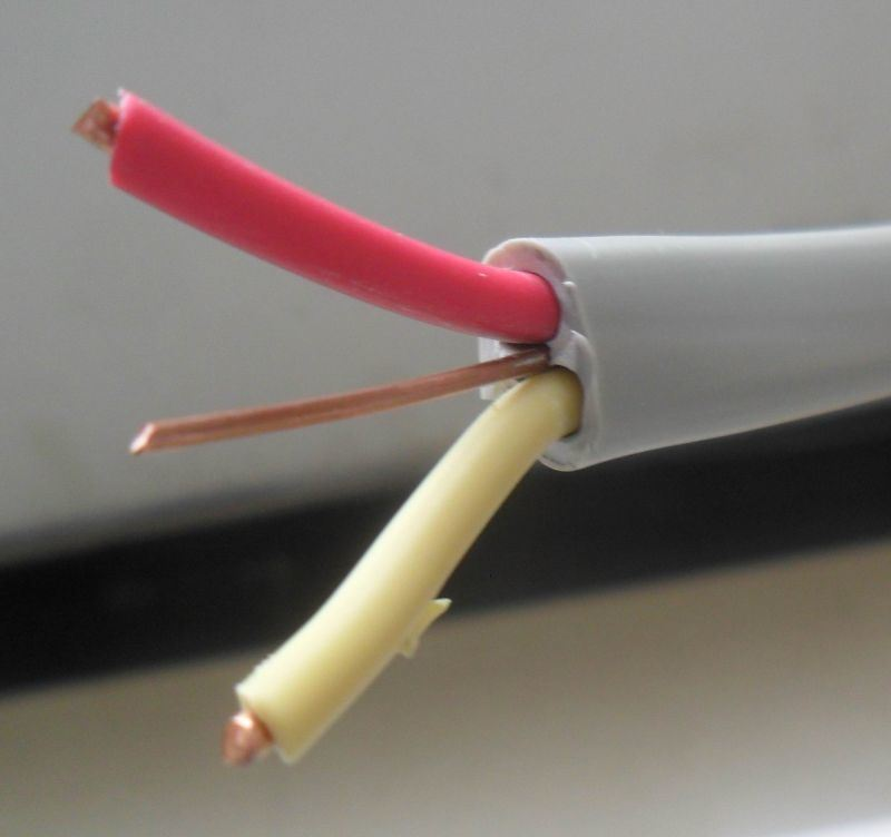 2.5mm PVC Insualted Flat Twin and Earth Wire Cable 300/500V