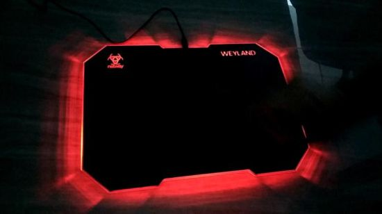 Douane Mouse PAD met RGB LED Lighting
