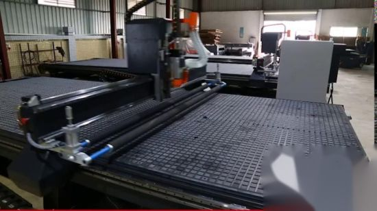 Gebildet worden in ATC Series China-Supplier CNC Router für Cutting Acrylic/Aluminum/Copper/Wood/Plastic