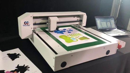China Small Desktop DIY Flatbed Creasing Cutting Machine - China