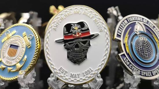 Wholesale Custom 3D Logo Bulk Australia Donald Trump Bitcoin 911  Anniversary Golf Knight Templar Spinner Religious Us Marshals NFL Football  Sport