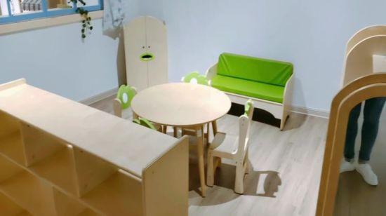 Chine L Ecole Montessori Kids Bureau Et Chaise De Meubles De Garderie Gratuite Acheter La Garderie Prescolaire Set De Meubles Sur Fr Made In China Com