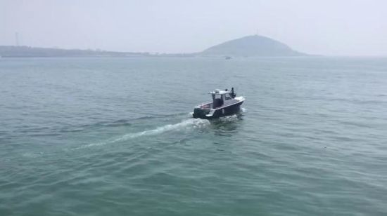 China 7 8m Outboard Cabin Aluminum Boat For Saltwater