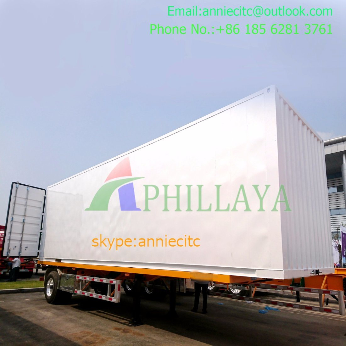 Curtain Side Trailer with Trailer Parts pictures & photos