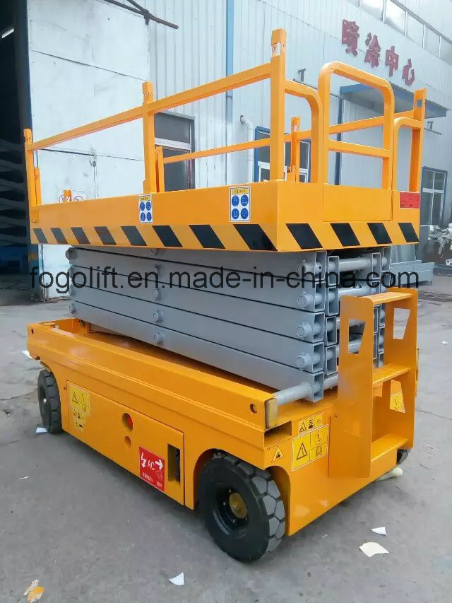High Building Cleaning Equipment Man Lift/Self-Propelled