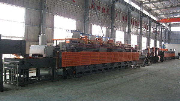 Continuous Conveyor Industrial Gas Controlled Mesh Belt Furnace/Heat Treatment Furnace pictures & photos