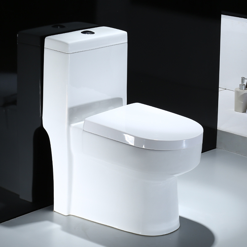 China Bathroom Use One Piece Water Saving Ceramic Toilet with ...