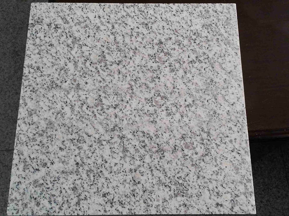 Pearl/Bethel White Covering Slabs Stairs Treads/Floor Steps Granite Stone Tile pictures & photos