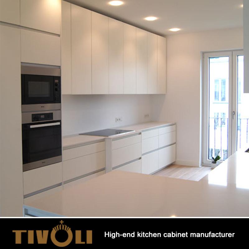 China Apartment Kitchen Cabinets White Gloss Collection Blum Soft ...