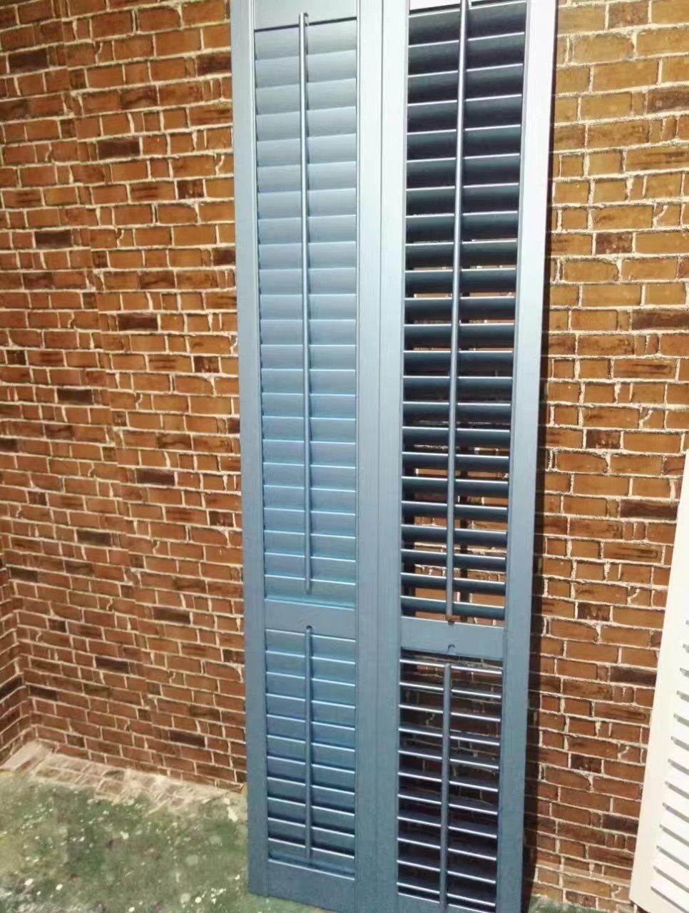 Window Wooden Shutter Painted Blue Color Standard Tilt Rod