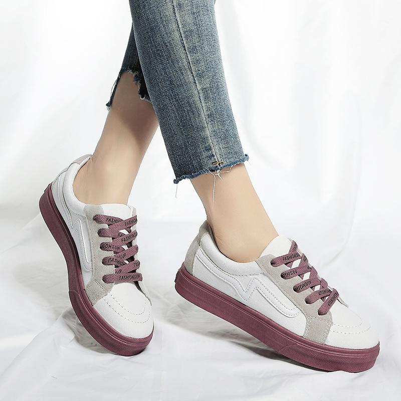 China Cheap Ladies Sneaker Wholesale