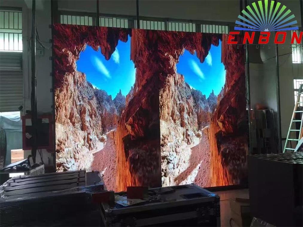 [Hot Item] 4k Uhd LED Video Wall Display of Small Pixel