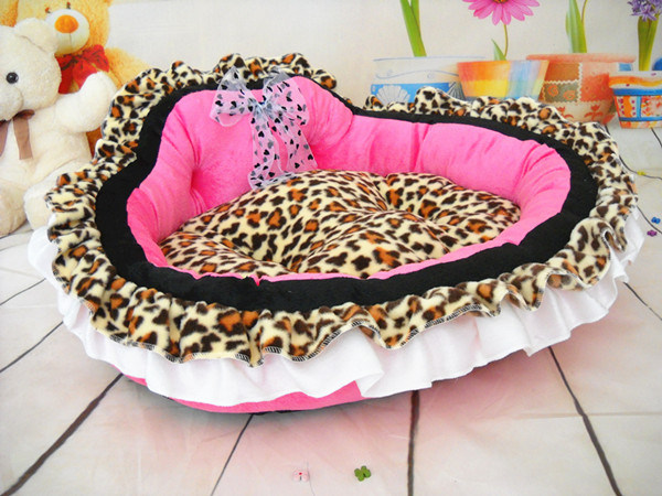 Cute Princess Dog Bed & Pet Bed pictures & photos