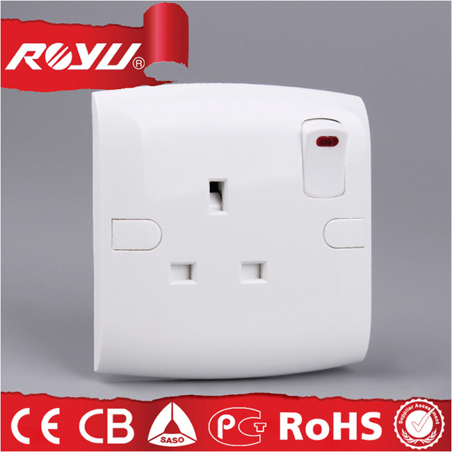 [Hot Item] Saudi Arabia Saso Approved 13A Bs Lighting Switched Socket
