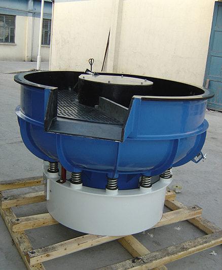 [Hot Item] Forging Industry Metal Parts Deburring Cleaning Vibratory  Tumbler Finishing Machine