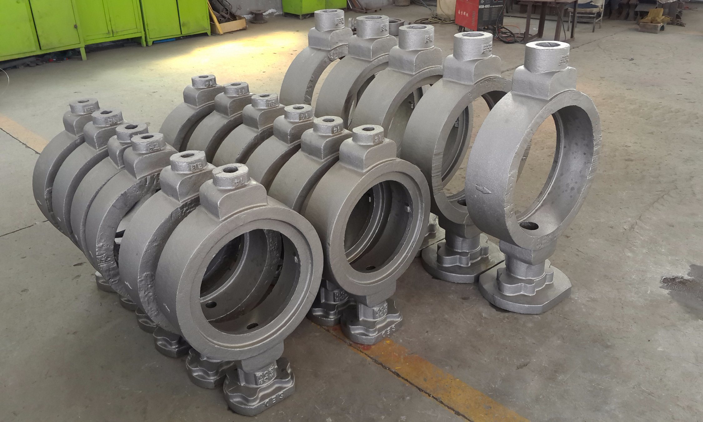 Butterfly Valve Casting Body Casting Disc Casting Stainless Steel Casting pictures & photos