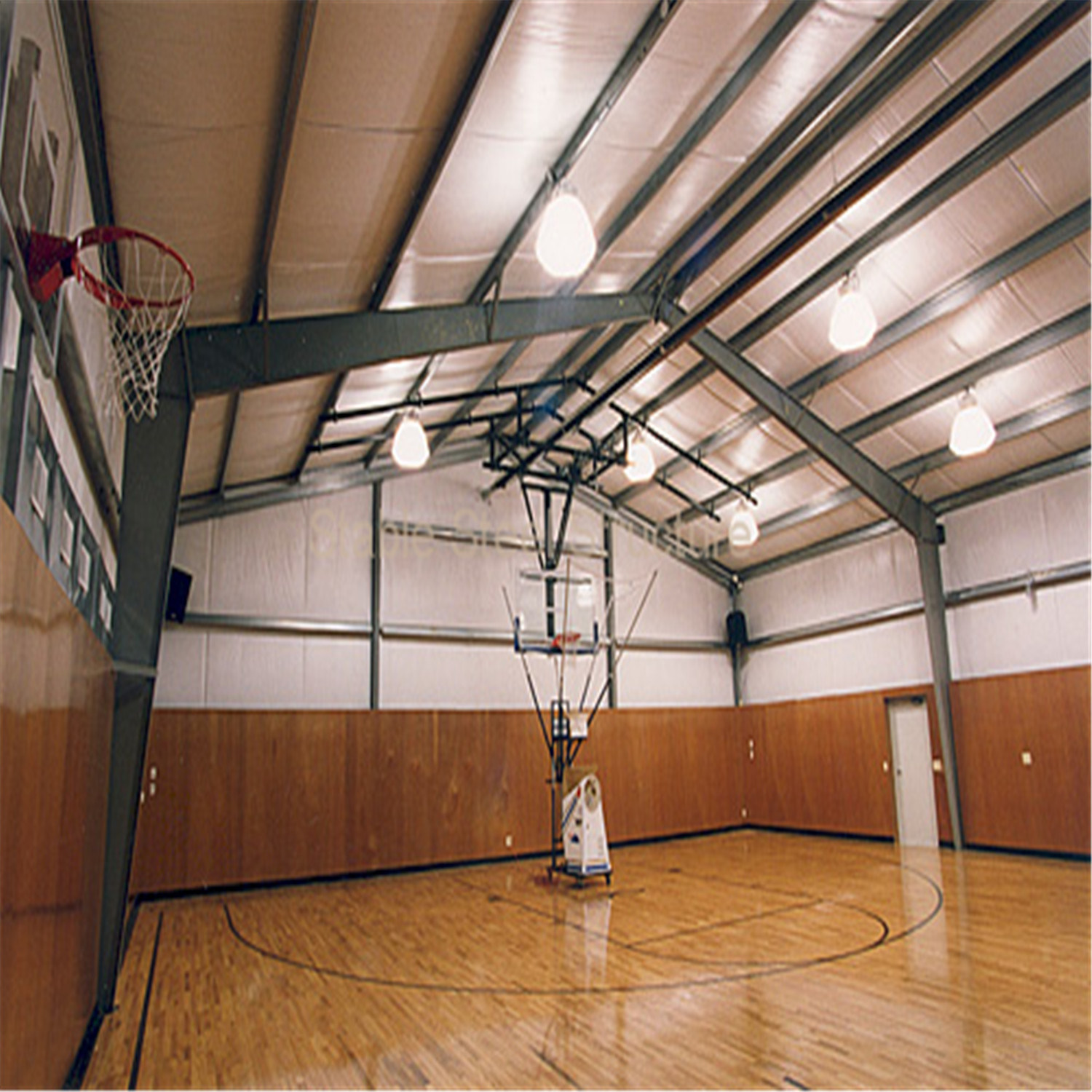 China Prefab Steel Structure Indoor Basketball Court Gym with Low