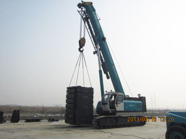 New Telescopic Crawler Crane with Max. Lifting Height 16.5m pictures & photos