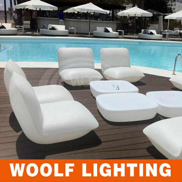 China More 300 Designs Led Lighting Pe Plastic Furniture Bar Sofa