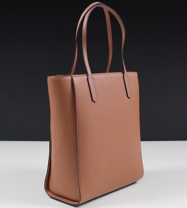 66c52ea957 China Fashion Brand Genuine Leather Women Handbag Tote Shoulder Bag - China  Leather Hand Bag