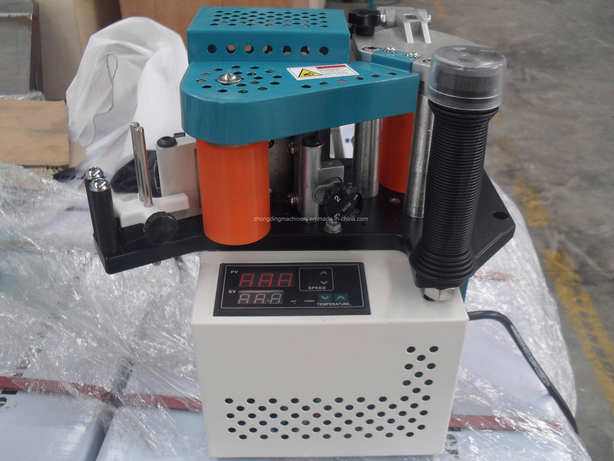 China Jbt90 Small Edge Banding Machine for Sale Photos