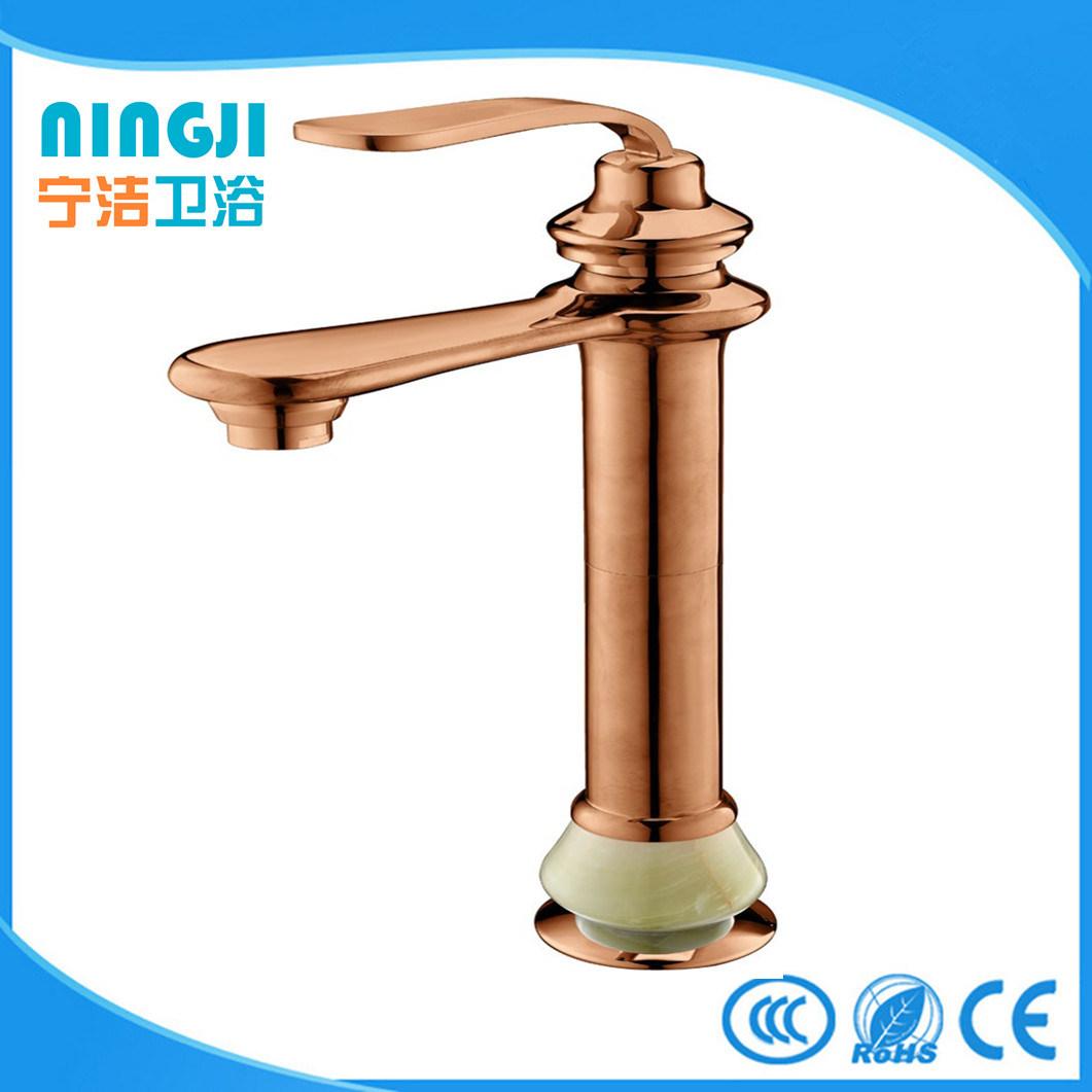 China Sanitary Ware Bathroom High Rise European Bath Faucet Photos ...