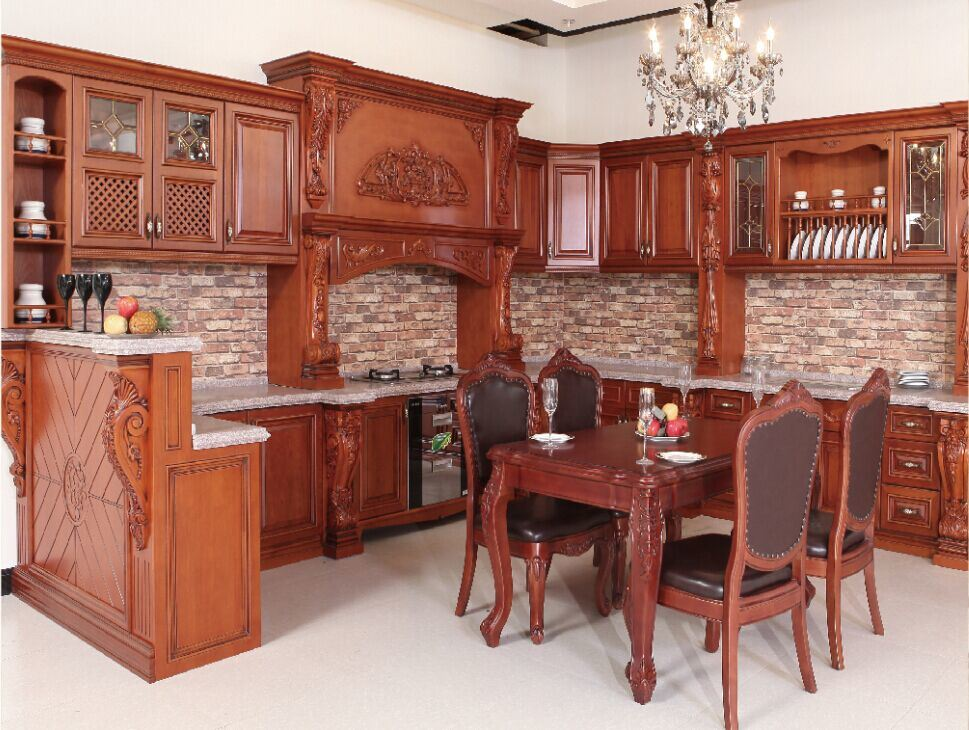 [Hot Item] Russion Luxury Kitchen Cabinet with Corbel Decoration