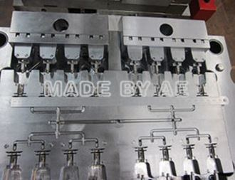 Precision Automotive Plastic Injection Mould for Auto Parts pictures & photos