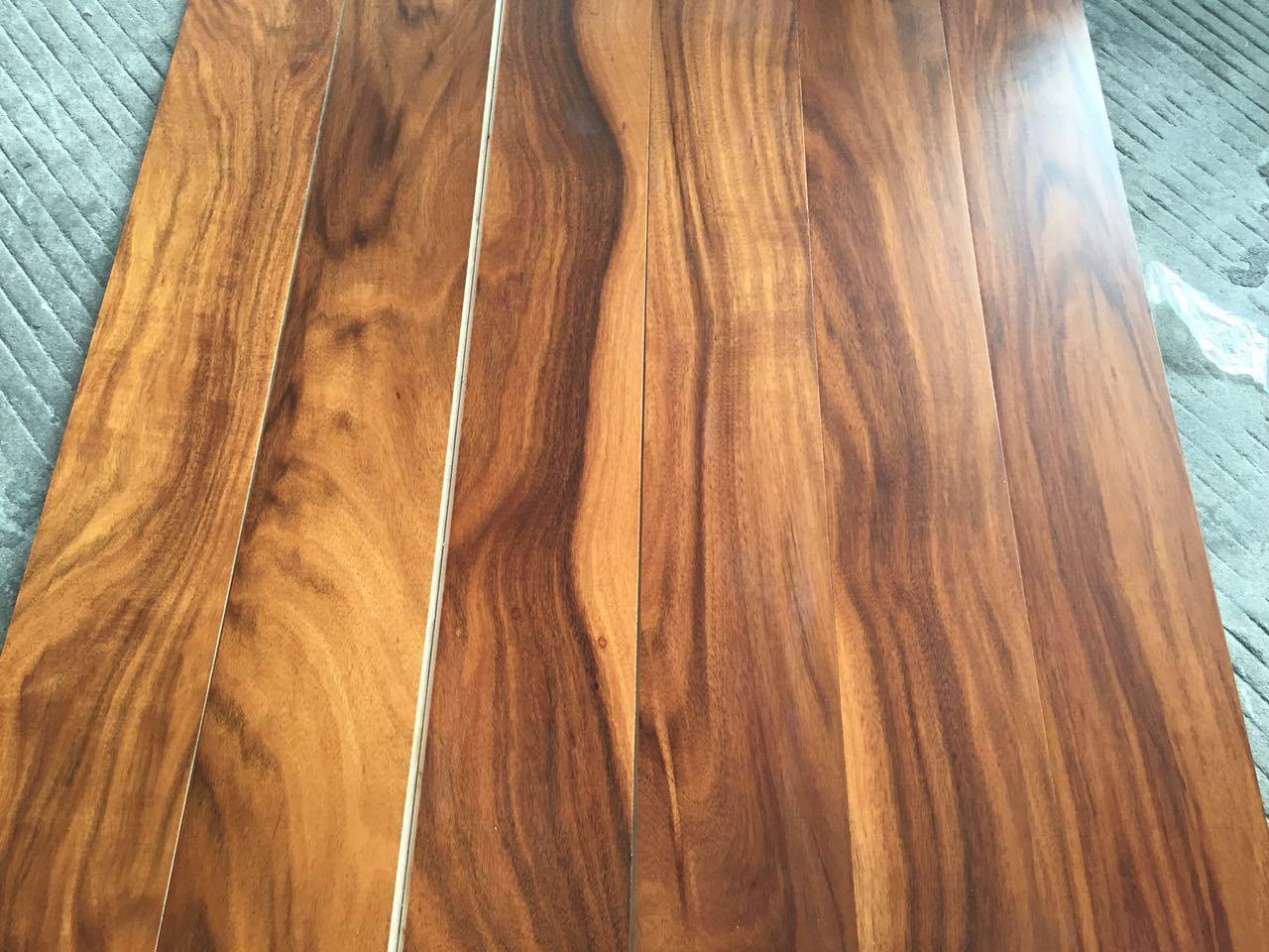 China Acacia Golden Walnut Engineered Hardwood Flooring 5 X 35