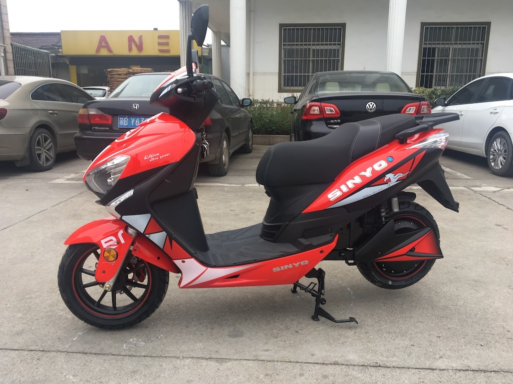 F1-3 1000W & 1500W & 2000W Electric Scooter with Good Quality & Price Lithium Battery Scooter