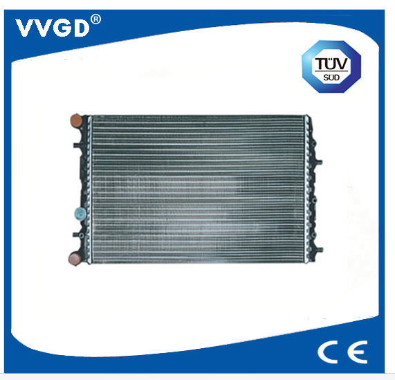 Auto Radiator Use for VW 6q121253q