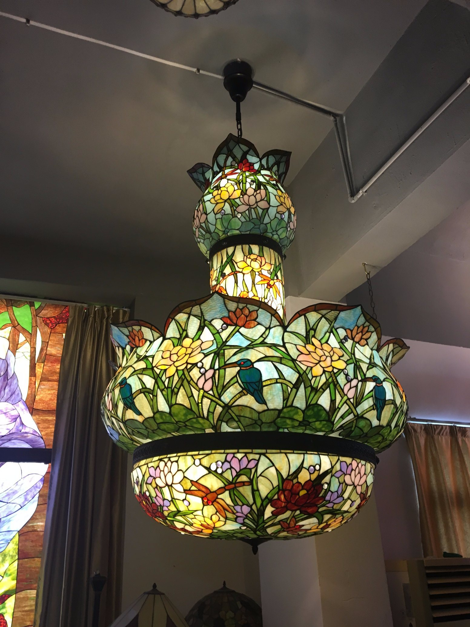 Vintage Handmade Stained Glass Hotel Decorative Pendant Lamp Tiffany Lamp China Tiffany Lamp Table Lamp Made In China Com