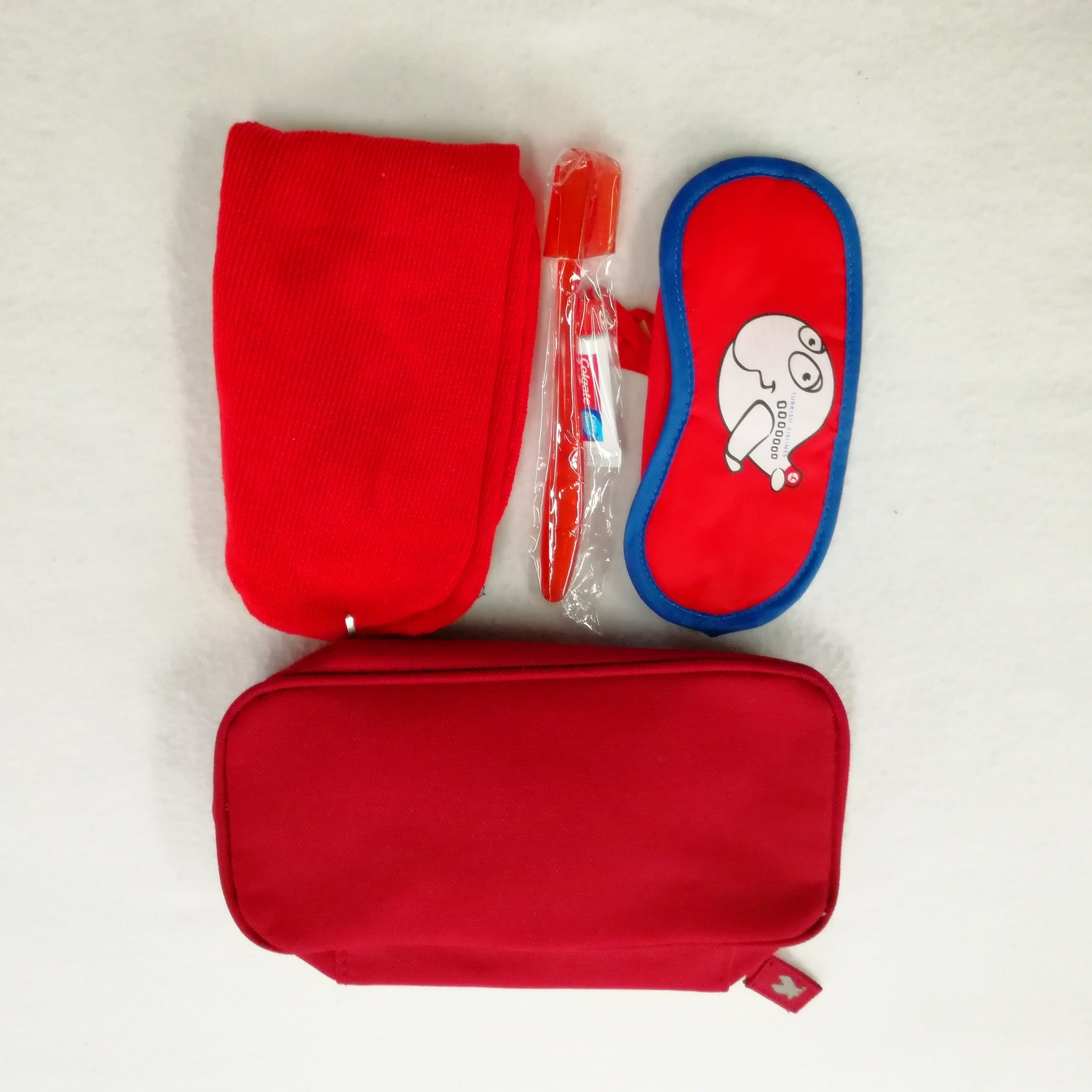 High Quality Wholesale Custom Amenities Set Cosmetic Bag Set pictures & photos