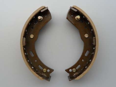 Auto Brake Shoes for Changan, Yutong, Kinglong Bus pictures & photos