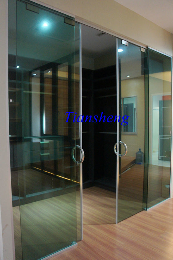 China Frameless Exterior Glass Sliding Doors System China Glass