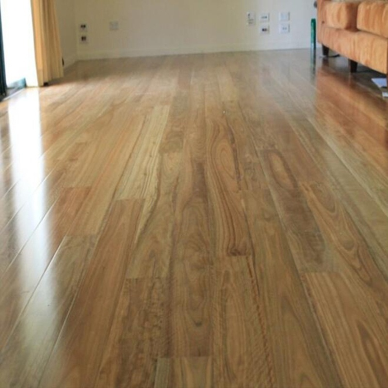 China Engineered Spotted Gum Timber Flooring 92 122 130 135 180mm Floor Boards Wood