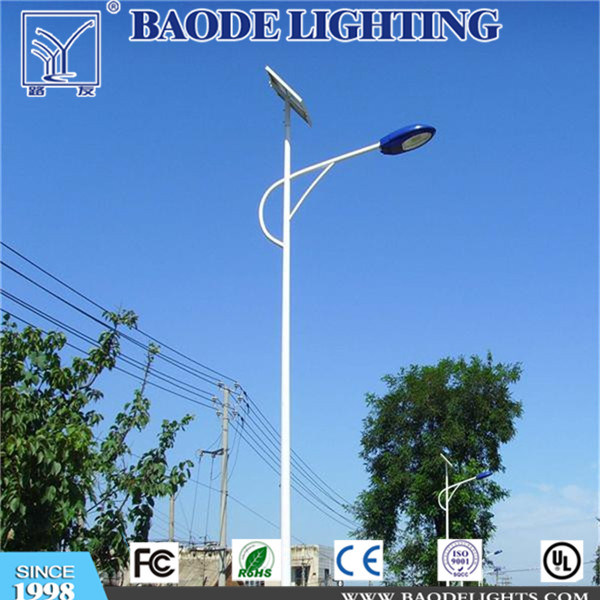 10m Octagonal Pole with 110W Solar LED Street Light