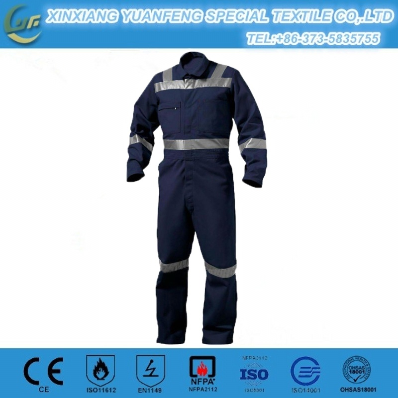 Anti-Static Oil Resistant Flame Retardant Aramid Oil Field Gas Station Fireman Coverall pictures & photos